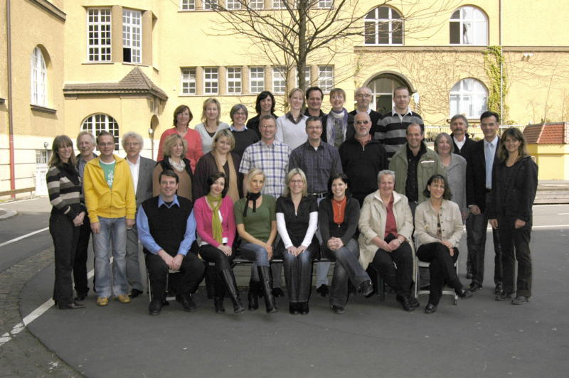lehrerkollegium_hs_2007-08.jpg